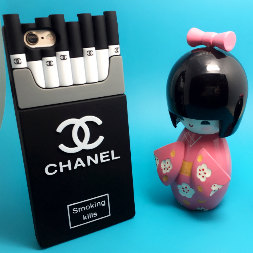 iPhone CHANEL ケース